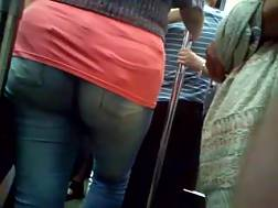 3 min - When I get on a bus I enjoy to spy on hot babes with huge butts