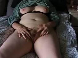 2 min - Mature Clitty rub