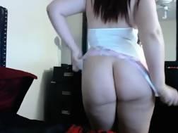 9 min - Fat hispanic girl toying wet pussy