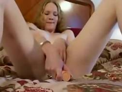 24 min - Flat chested t-girl is jerking like theres no tomorrow