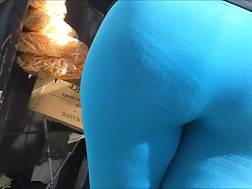3 min - Fattie with big butt wearing blue legging gets caught on my spy cam
