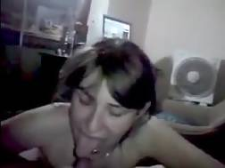 5 min - This trashy wench is born for giving gorgeous oral jobs