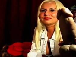 7 min - Compilation clip with sexual amateur Russian milfs exposing their bodies