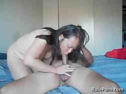 4 min - Mature Chinese wifey Pleasing her guy