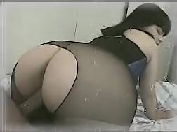 10 min - Bubble butt black haired gets her cunt pounded deep and hard by me