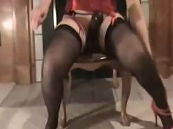 9 min - My plump wifey drills her pierced vagina with a big toy