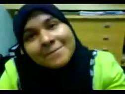 3 min - Shy Malay office lady in hijab blows my penis on cam