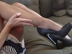 4 min - Slender & sexual mother wifey teases me with her stockings & feet