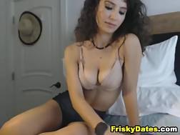 7 min - Cool ass babe Rubs her pussy