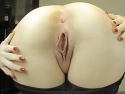 4 min - Smooth and fatty white big assed of my hot pale skin wife
