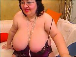 12 min - Sexual live chat show with immoral bbw grandmother licking her nips