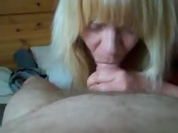 10 min - Blonde grandmother suck a big bbw cock until it cums hard