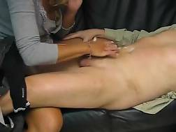 6 min - Cock blowing is her thing