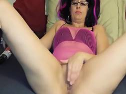 13 min - GIGANTIC dildo is going in that twat and it seems impossible