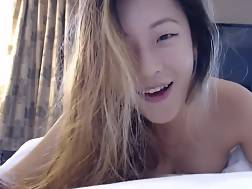 7 min - POV of an asian girlie blowing a dick