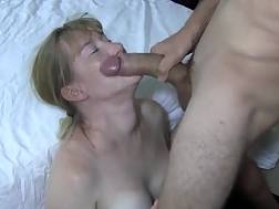 3 min - Hot cougar knows how to blow job a dick