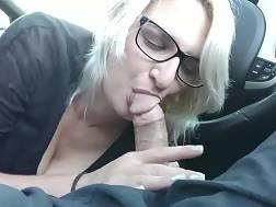 6 min - British bird enjoys blowing cock in the car