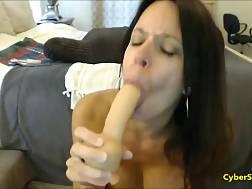 7 min - Sweet babe masturbating on livecam