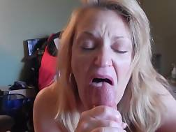 2 min - Older light haired wifey can still make a prick jizz in no time