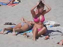 Chubby bikini porn