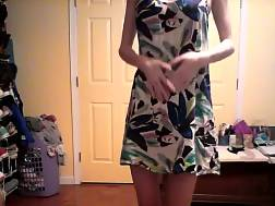 9 min - Summer dress goes down as she makes this clip