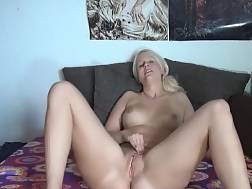 5 min - Gorgeous blond girl takes of her underwear for a solo game