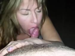 5 min - She might be old, but she knows how to BJ