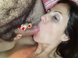 2 min - Cute dark haired wifey loves blowing her unshaved partners bbw prick