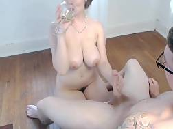 22 min - Try not to look at her bouncing boobs in this home made clip