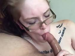 10 min - Tattooed nymph With Glasses enjoys To Wrap Her Lips Around A Shaft