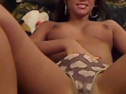 5 min - Camgirl likes To Smoke Cigarettes While fingering Her sloppy Snatch