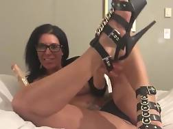 4 min - Nerdy MILF With A big ass Plunging Her Hole