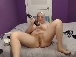 10 min - Fat chick Plunging Herself With Her huge Black toy