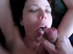 5 min - No hands BJ ends with a jizz shot on her sweet face