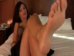 6 min - Mature woman teases with her sexy feet on the bed