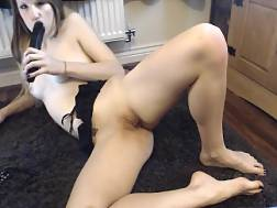 10 min - I love watching amateur bitches fuck themselves on camera
