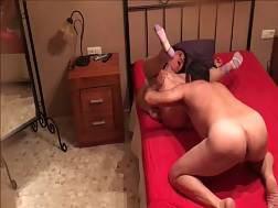 4 min - Gf rides my penis & lets me eat her twat later
