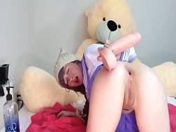 9 min - Nerdy teen girlie shoves a huge fucktoy up her asshole