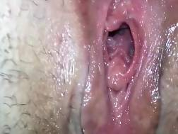 1 min - Amateur nymph enjoys to stretch her small vagina