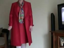 6 min - White grandmother red jerks