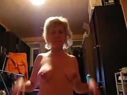 6 min - Blondie harlot perky knockers