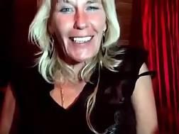 4 min - live chat solo granny