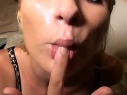 5 min - Obscene blond mother milks