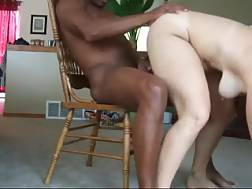 11 min - Submissive pale skin mother
