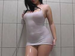 7 min - Awesome nymph teasing bathroom