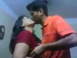 3 min - Indian nympho lets boyfriend