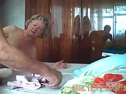 10 min - Mature freaky couple having cool porn on livecam in their bedroom