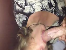 8 min - Sexy mature lighthaired blowing
