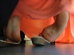 6 min - Lovely feet caught public