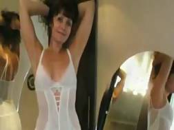 29 min - Sexy blackhaired wife swinger